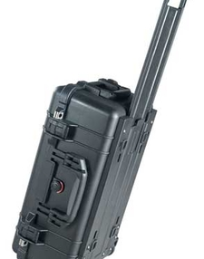 Travel case with compensate for pressure