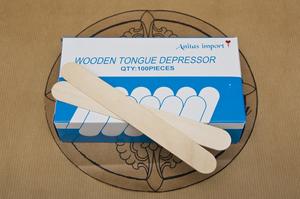 Tongue depressor