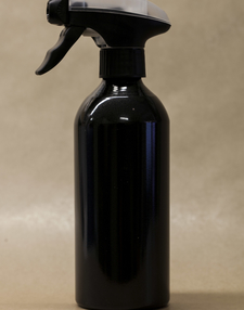 spray bottle black